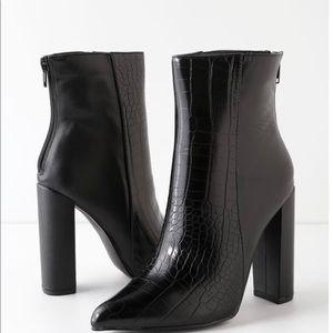 Lulus Black Crocodile Embossed Two-Tone High Heel